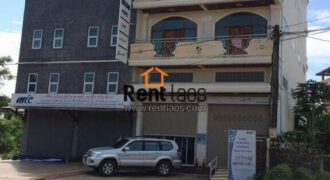 shop house right on the main road for rent