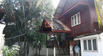 Lao style cozy house for rent Near Patuxay,Sengdara fitness ,Thai consulate