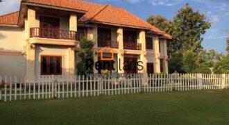 Beautiful big house near Thongphong driver license center