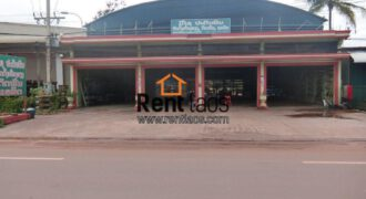 Large warehouse next to main road for sell