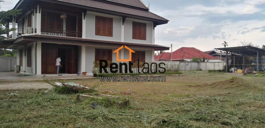 Lao style house Near Chines embassy for RENT