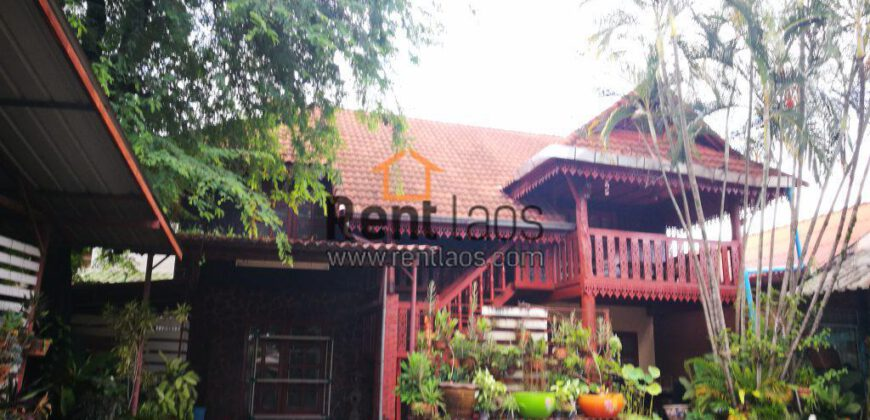 Lao style compound house near 103 hospital,Joma phonthan,PIS for RENT
