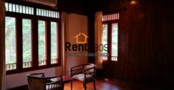 gorgeous Lao style house Near Patuxay for RENT
