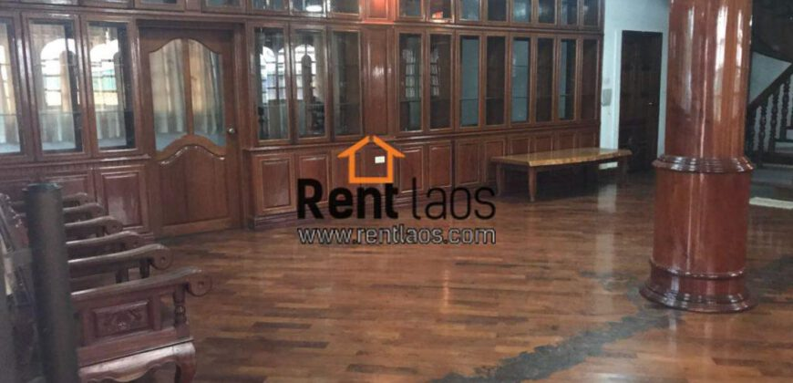 Home /Office Near Patuxay for RENT
