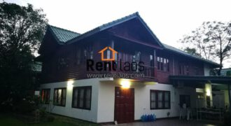 Lao style house  near Japanese embassy for RENT