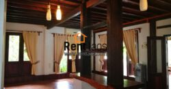Lao style cozy house near VIS for RENT