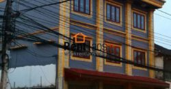 commercial building close to Patuxay for RENT