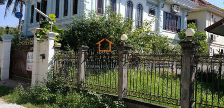 House near Keitttisak school (international school) for RENT