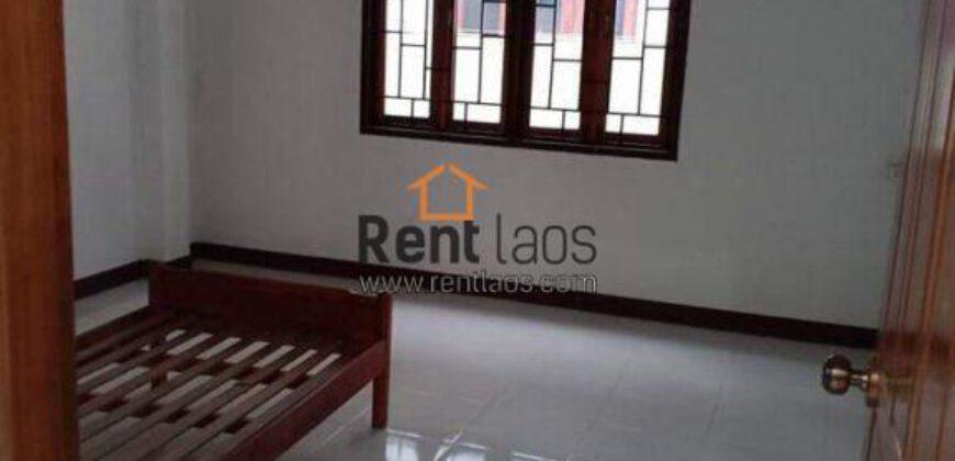 House near Angkham hotel FOR RENT