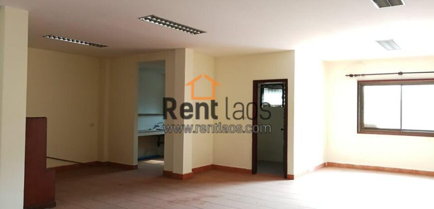 3 stores shop house near Simeung mart for RENT