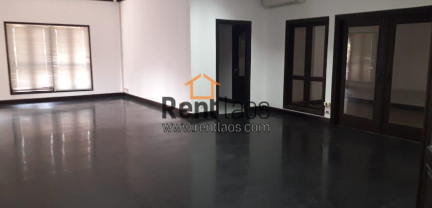 House/Office in business Area FOR RENT