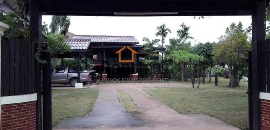 house near national university of lao for rent