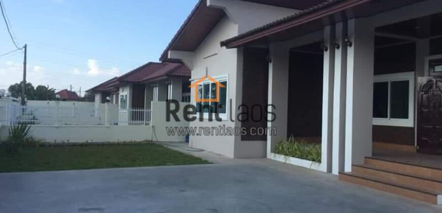 house near Russian circus FOR RENT