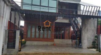 riverside house near city center for rent