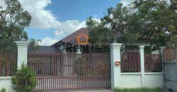 New house for sale  ບ້ານຕ້ອງການຂາຍໃກ້ໂຮງຫມໍເສດຖາ
