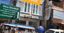 Commercial building for rent in business area