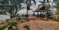 house on riverside for rent