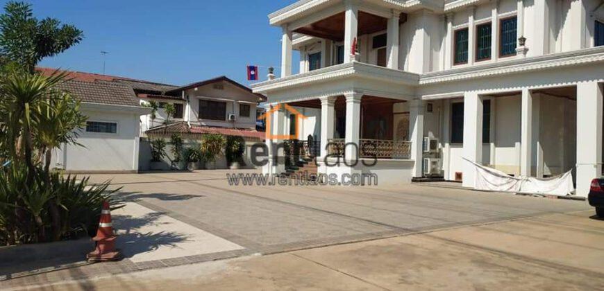 House near Sangjiang market for rent