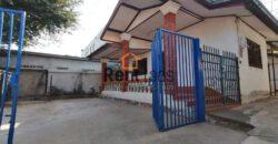House near Kettisack school for rent