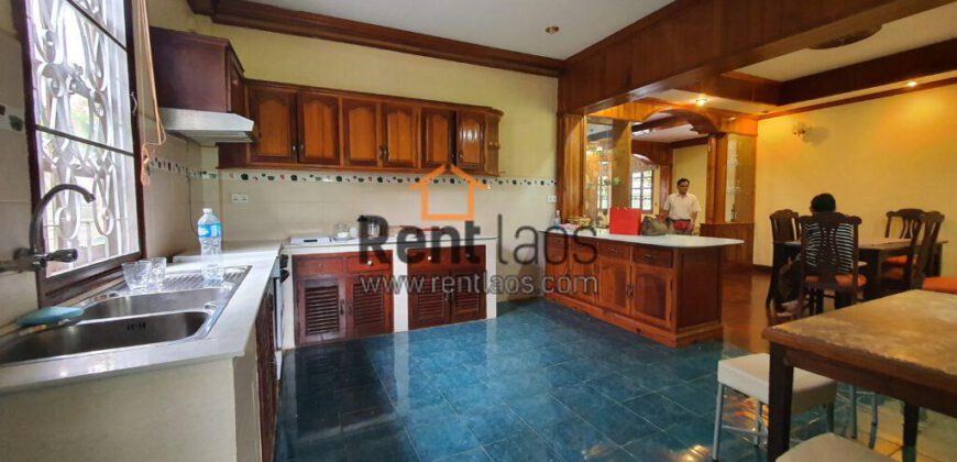 House with big garden near VIS for rent