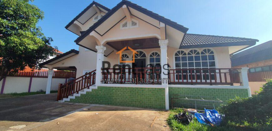 House near Vientiane centre mall for rent