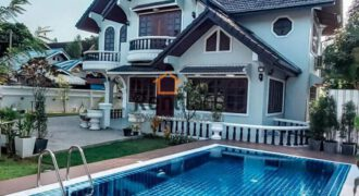house with swimming pool in diplomatic area for rent