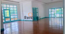 house /Office for rent near Patuxay