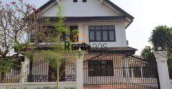 house near ,Vientiane center,Morning market for rent