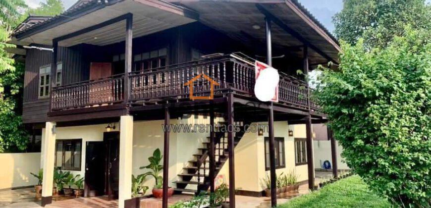 Mekong river view house near Australian embassy for rent