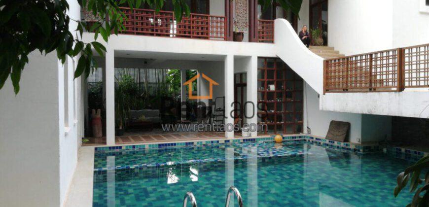 Gorgeous house near Thai consulate for rent