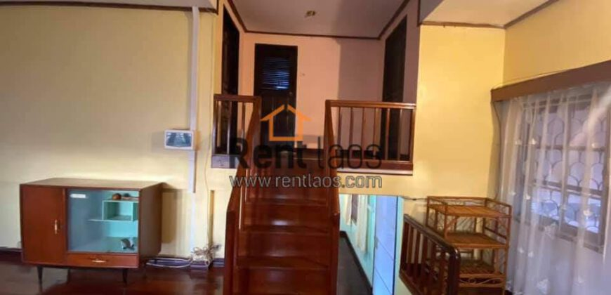 cosy house near Patuxay for rent